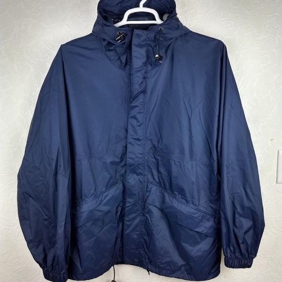 bf43a4bda892e GANDER MOUNTAIN Mens Lightweight Rain Jacket. M_5b6b89bfc89e1dfc46b4e660